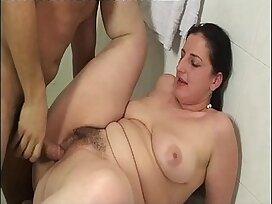 banged-bathroom-chubby-girl-wet