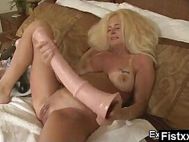 fisting-grandma-lady-mature-older woman
