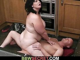 cheating-grandma-lady-mature-older woman